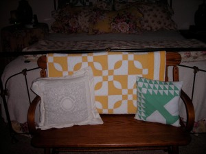 The yellow and white quilt is the $4 find Sandy mentioned.  What a find indeed.